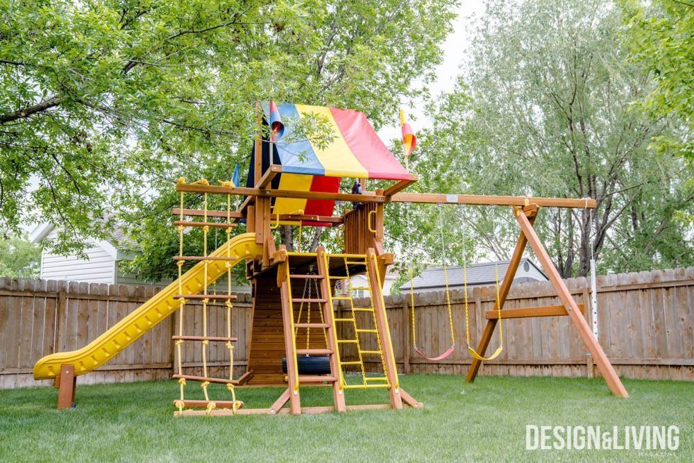 A play system from Rainbow Play Systems